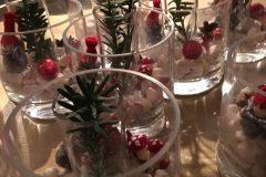 Bordsdekorationer med jultema